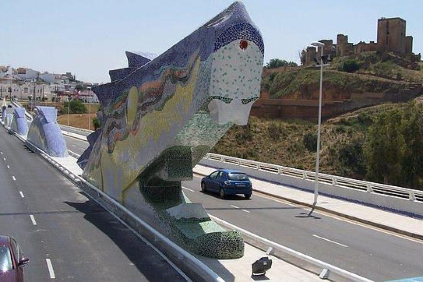 Un dragón anda suelto por las carreteras sevillanas
