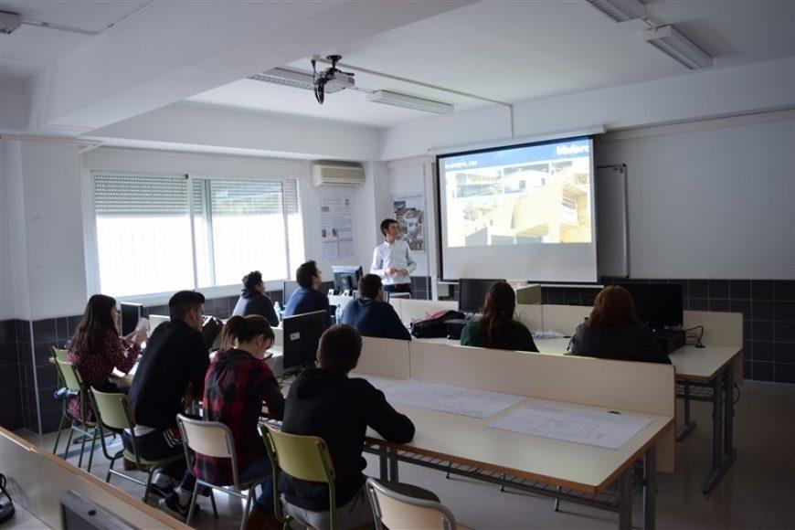 Valero empresa invitada a las XIII jornadas técnicas FP del I.E.S. El Palmeral
