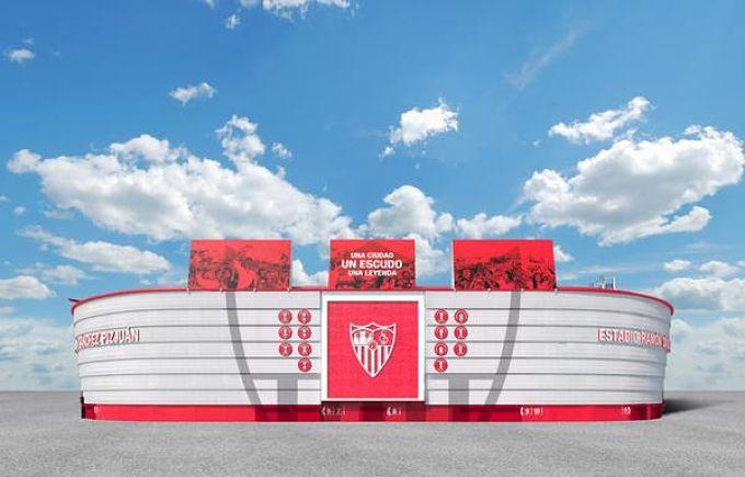 Nuevo escudo del Sevilla FC con Compoplak de Valero